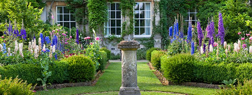 A Sneak Peak At Highgrove Gardens The Finer Things
