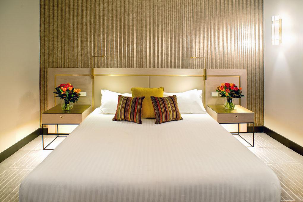 Radisson Blu Plaza Hotel Sydney - guest room re-design lowres