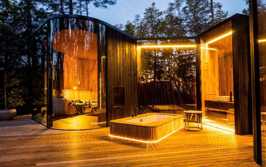 Freycinet Coastal Pavilion, Tasmania